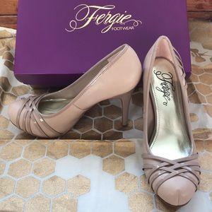 NWOT Fergie high heel pump
